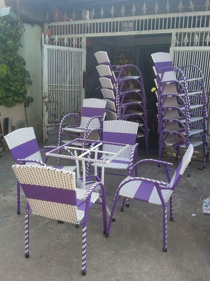 Chuyên sản xuất bàn ghế mây giá rẻ4