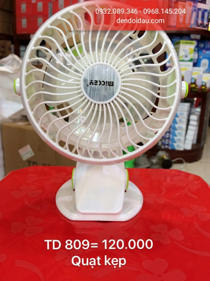 Quạt kẹp TD-809  Gía bán : 120.000đ