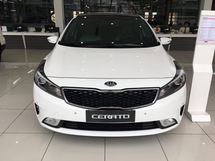 Kia Cerato sản xuất năm  Số tự động Hybrid