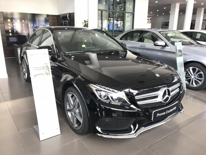 Mercedes-Benz C300 sản xuất năm 2017 Số tự động Động cơ Xăng