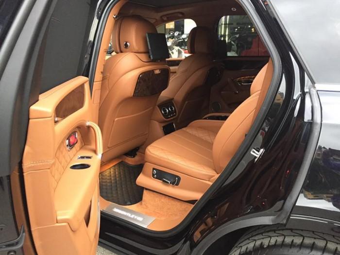 Bán xe Bentley Bentayga 2017