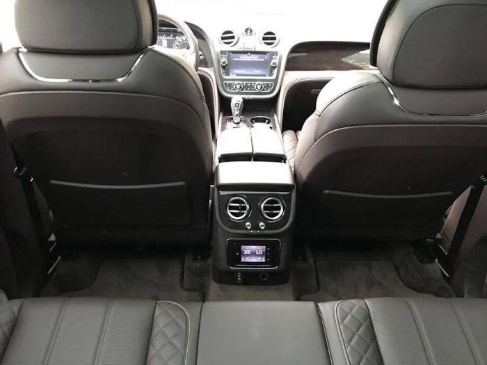 Bán xe Bentley Bentayga First Edition 2017
