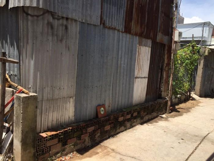 Cấn bán đất 75m2 Phạm Hữu Lầu Quận 7