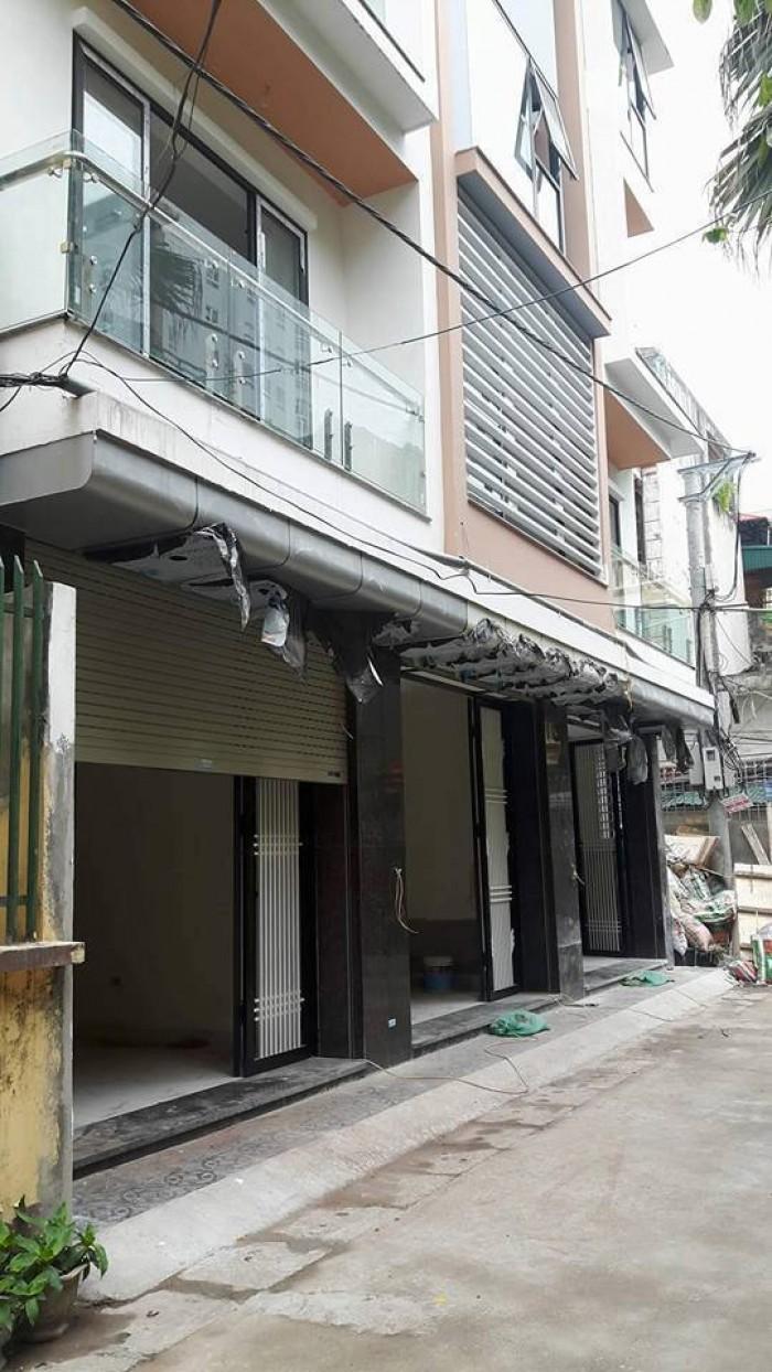 Mới cứng Nguyễn Trãi 7,6 tỷ 50m2, 7 tầng thang máy,ô tô tránh.
