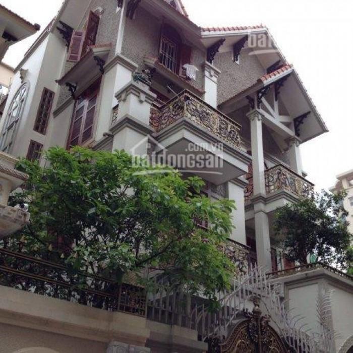 Chính chủ cần bán gấp biệt thự sân vườn khu Đặng Văn Ngữ, Hồ Đắc Di, dt 150m2, MT 8m, cách phố vài bước chân