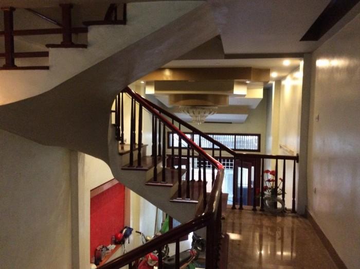Đắc địa-mặt phố Nguyễn Xiển 110m2x3 tầng, Mt 8m.