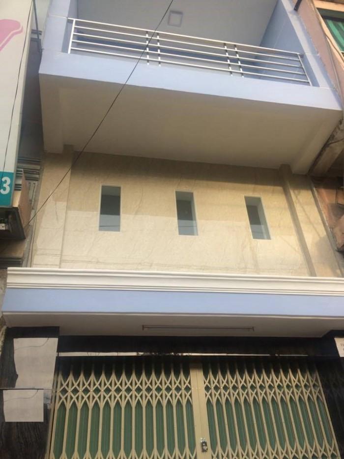 - Cho thuê nhà mặt tiền đường lạc long quân p5 q11 gần Đầm Sen.