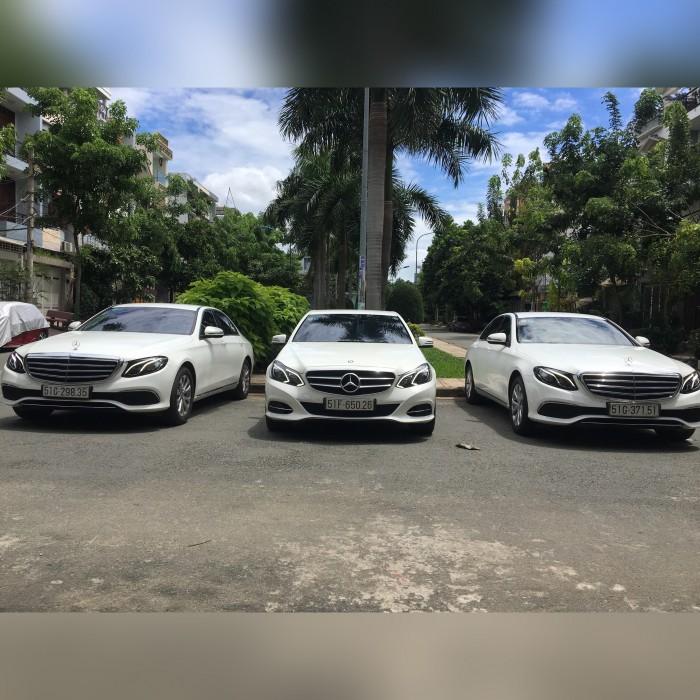 Cho thuê xe hoa xe rước dâu cao cấp các dòng Camry BMW Mercedes Audi