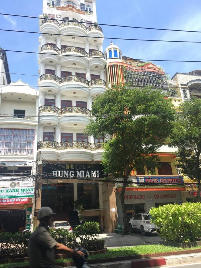 Bán khách sạn đẹp nhất Bàu Cát, phường 14, quận Tân Bình - 37 tỉ
