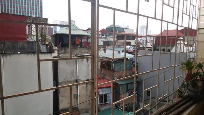 Bán nhà 4.65 tỷ 52.5m2 5 tầng 6 PN, WC từng tầng Trường Chinh QuậnThanh Xuân, kinh doanh được.