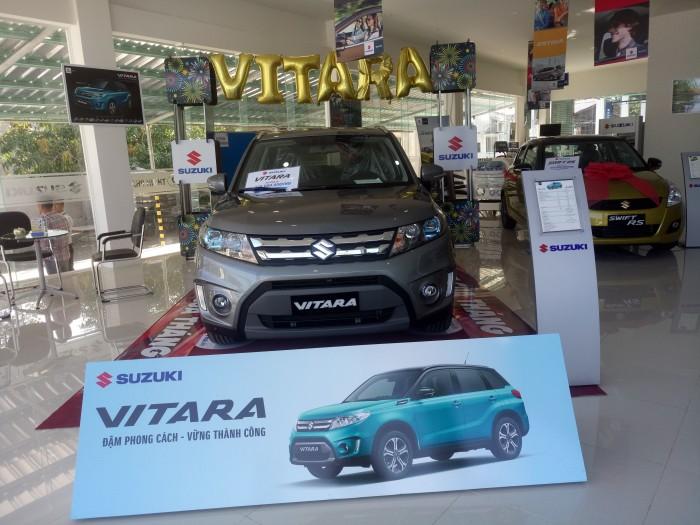 Suzuki Grand Vitara sản xuất năm 2017 Số tự động Động cơ Xăng