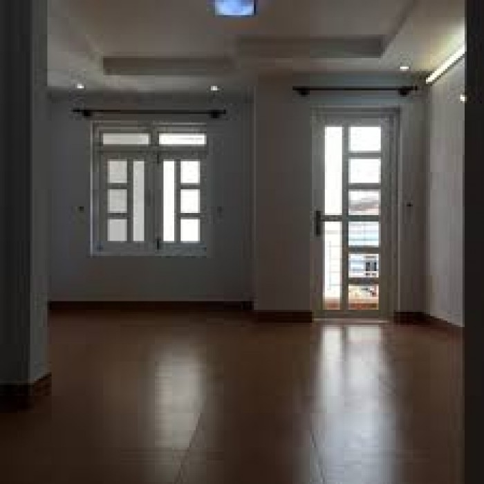 Cho thuê một căn nhà hẻm 341/ Lạc Long Quân, P5, Q11.