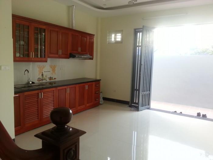 Bán nhà gần đường Tố Hữu- Lê Văn Lương, 4 tầng 30m2 chỉ 1.85 tỷ