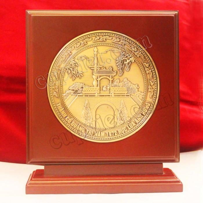 Biểu trưng đồng Thành Cổ Quảng trị, Biểu trưng đúc, Biêu trưng quà tặng6