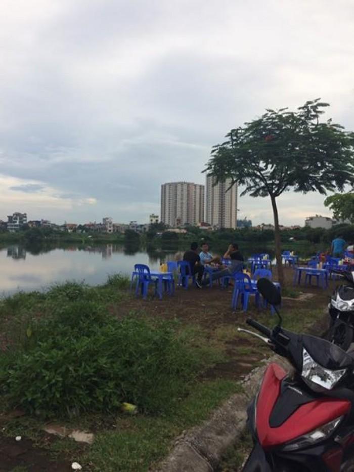 Cần Tiền bán gấn lô đât mặt phố kinh doanh tốt, làng Trạm, Long Biên, HN. 78m2, MT=4,7m2.