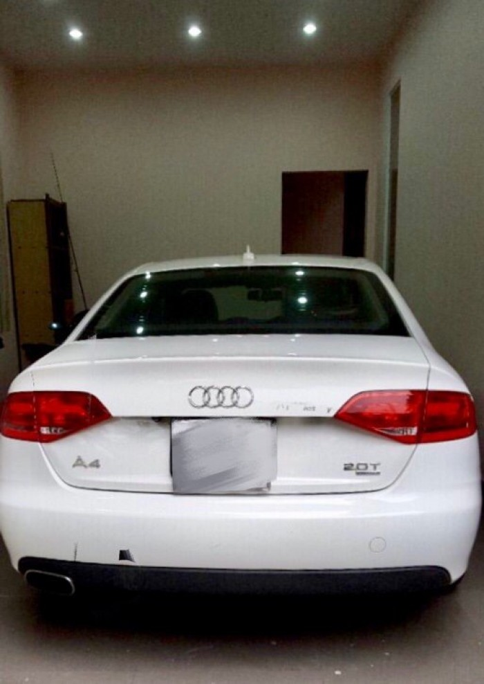 Bán Audi A4 2.0 TFSI màu trắng đời 2009  đăng ký 2012 bản full 4