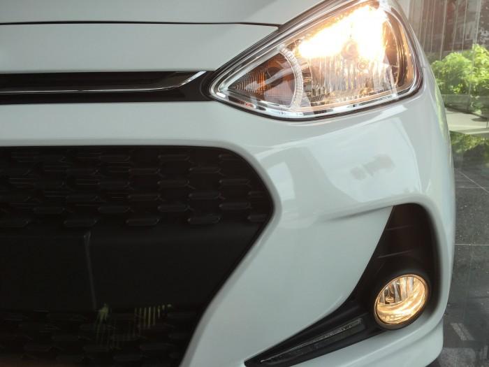 Hyundai i10 CKD liên hệ ngay để có giá tốt nhất
