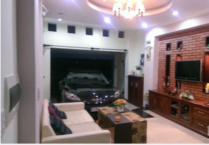 Bán nhà khu phân lô, ô tô ngay Hào Nam. Giá 5.35 tỷ.