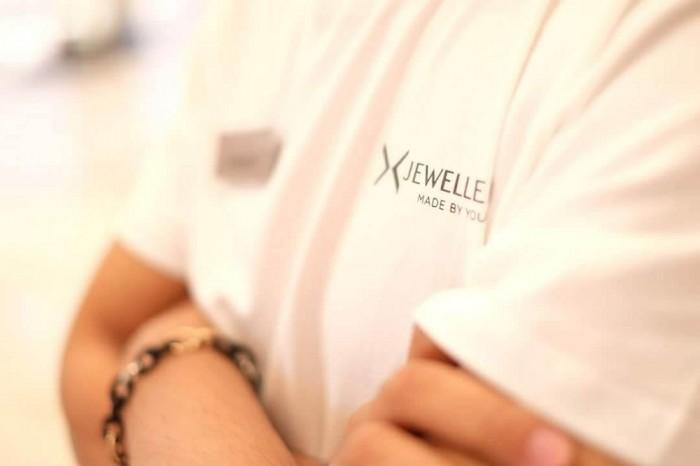 AnnA Uniforms nhận may áo thun cổ tròn, may áo thun đồng phục cho nhãn hàng trang sức Jewellery với chất liệu vải cao cấp.
