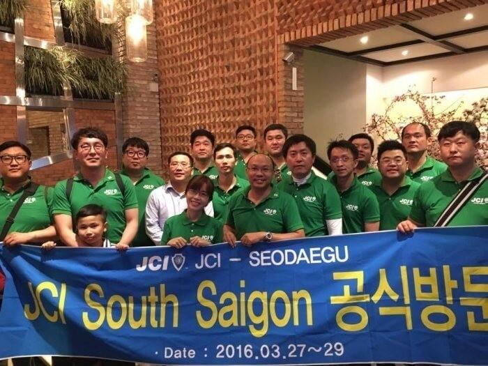 AnnA Uniforms hân hạnh được chọn là nhà thiết kế đồng phục áo thun cho Tổ chức Phi lợi nhuận - JCI South Saigon.