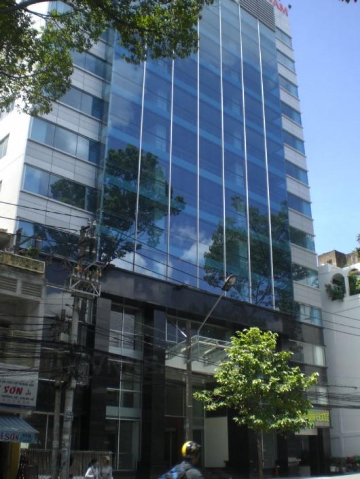 Bán khách sạn 3 sao đường Trần Nhật Duật 9 tầng nội thất cao cấp