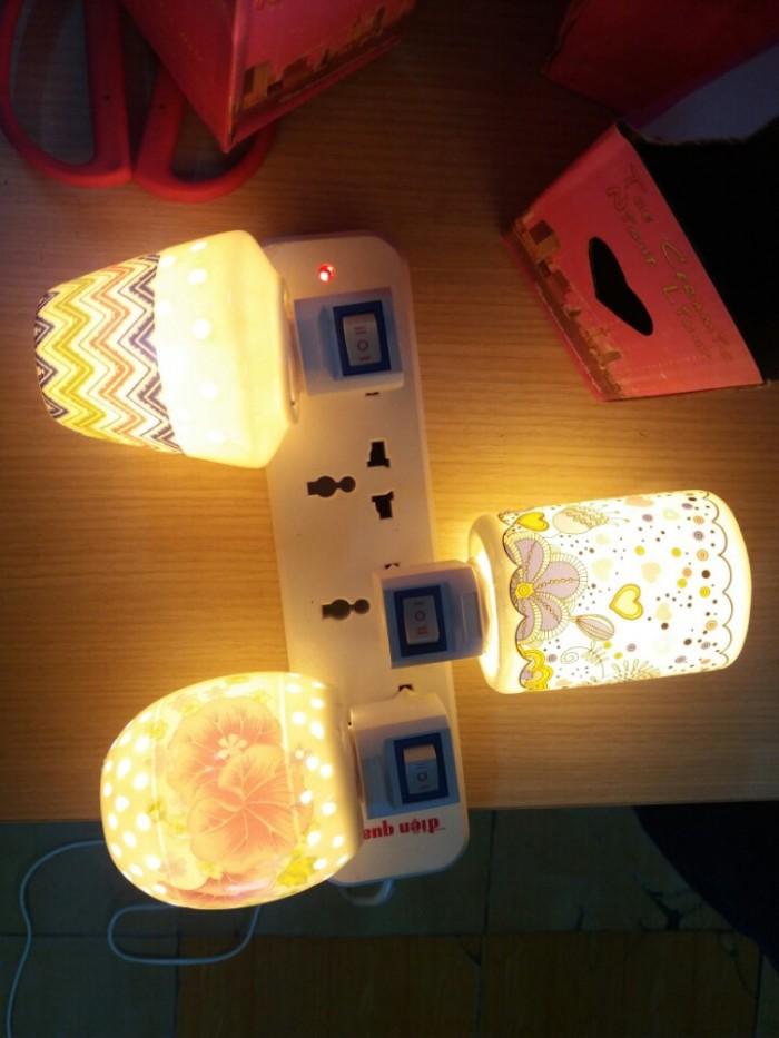Đèn ngủ mini xông tinh dầu bằng sứ