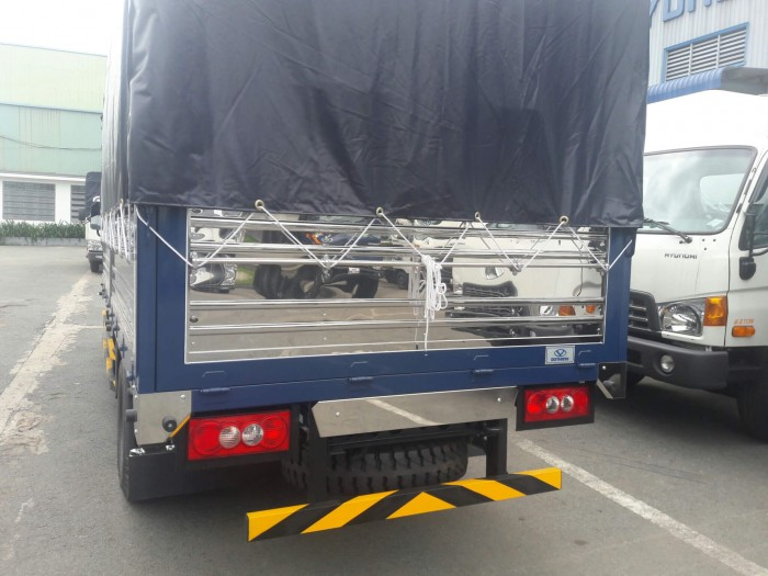 Mua xe tải Đô Thành Iz49 giá rẻ, Xe tải Hyundai 2,4 tấn chỉ trả trước 80 triệu, giao xe ngay. 4