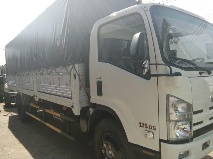 Xe tải isuzu 8t2 Vĩnh Phát đời 2017, thùng dài 7m2, hỗ trợ vay 100%,lãy xuất thấp