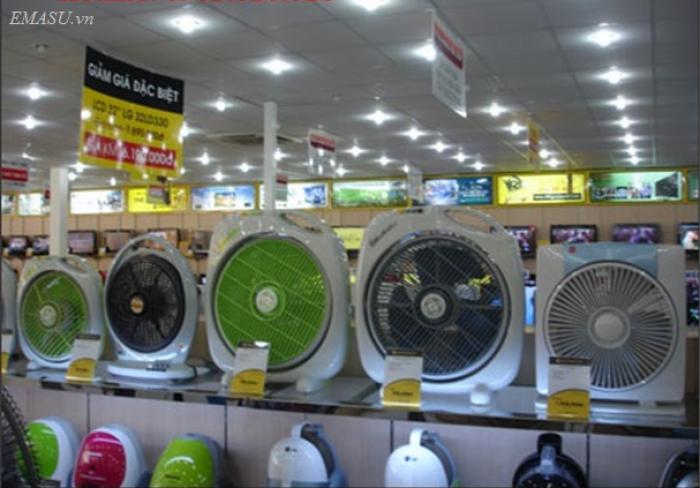 Tìm nơi bán buôn, bán lẻ quạt sạc tích điện chính Hãng uy tín ở Hà Nội