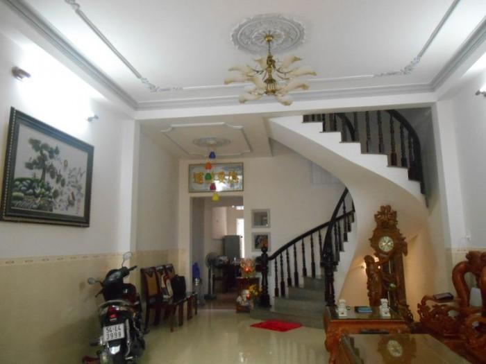 Đáo hạn ngân hàng bán gấp nhà hẻm đường Thành Mỹ, phường 8, quận Tân Bình.