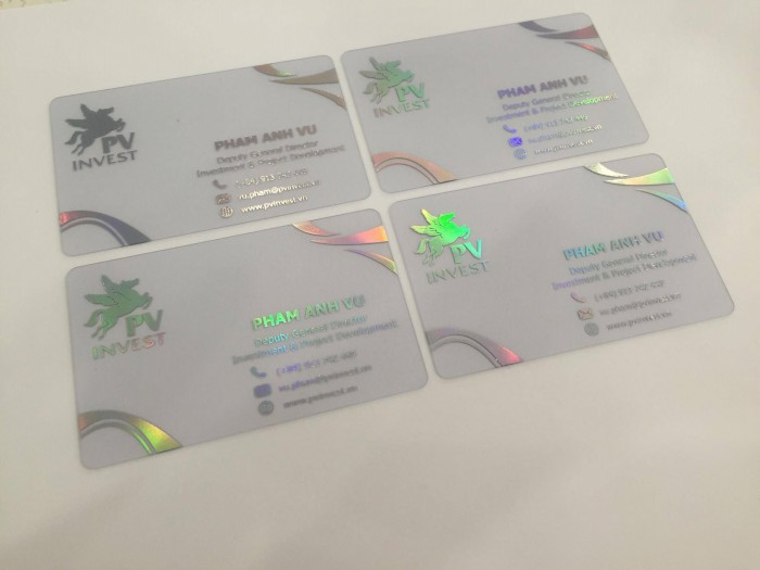 Thành phẩm in name card trong suốt được In Kỹ Thuật Số thực hiện cho khách hàng...