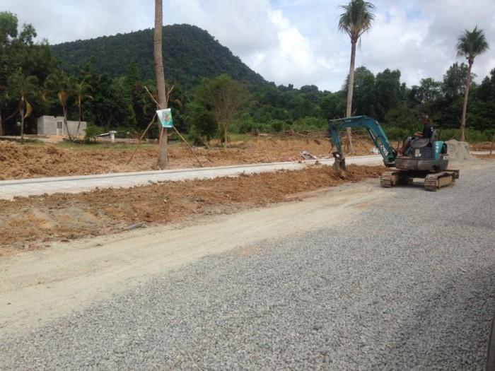 Bán đất nền phân lô nằm trên đường đi Bãi Thơm