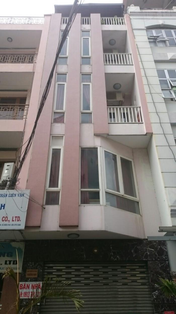 Cần vốn bán gấp nhà DT : 4m x 14m,HXH  đường Hoàng Sa, P.  Đa Kao, Q1. Giá 13,9 tỷ.