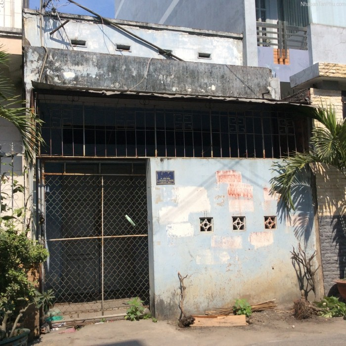 Cần vốn bán gấp nhà hẻm 1,5m đường Cô Giang, P. Cô Giang. DT: 6,4m x 10m. Giá 4,95 tỷ.