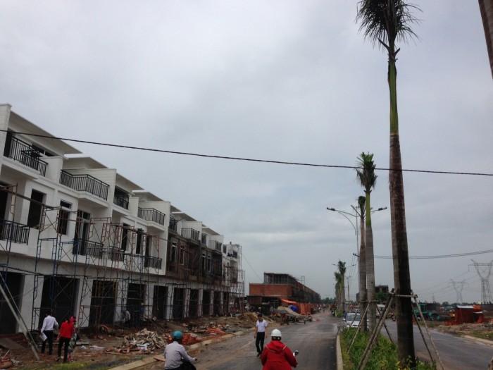 Bán Nhà Phố 1 Trệt 2 Lầu Nguyễn Văn Bứa.