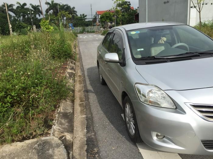 Cần bán Toyota Vios E 2012.Xe đẹp, màu bạc. Giá chỉ 372tr