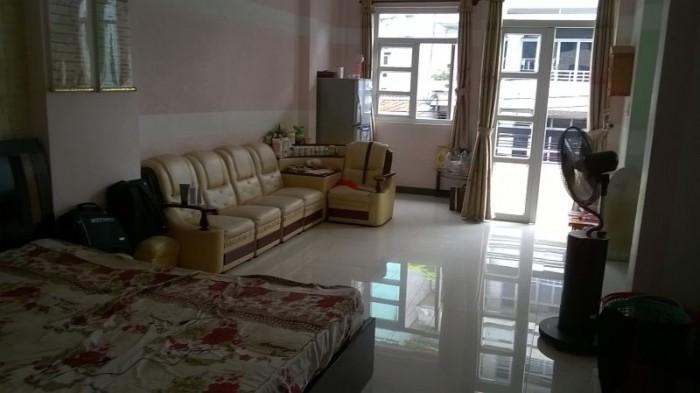 Kẹt vốn kinh doanh bán gấp nhà hẻm xe hơi đường Bình Tiên, phường 7, quận 6.
