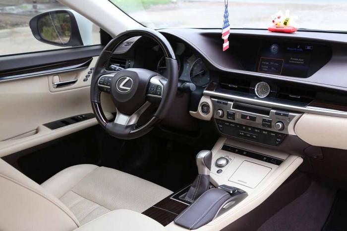 Lexus ES350 2016 16
