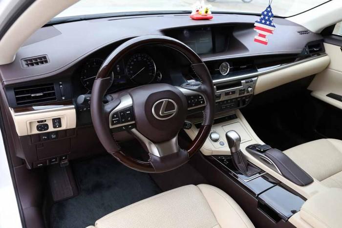 Lexus ES350 2016 15