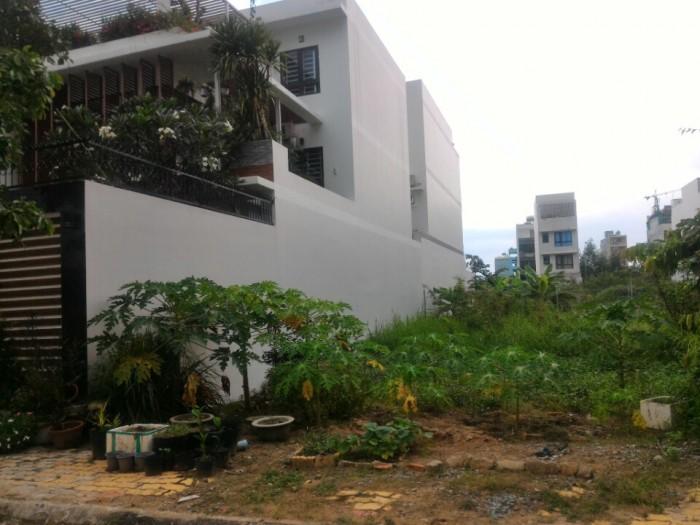 Chính chủ cần bán căn nhà Quận 2, vị trí cực đẹp, nằm trong KDC Thế Kỷ 21.
