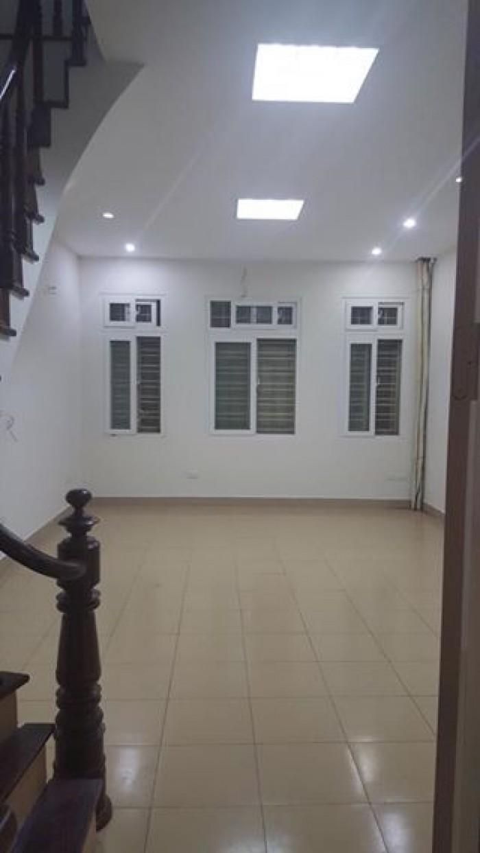 Bán nhà mới Trần Đại Nghĩa,HBT, 42m2x4T, ngõ rộng, 3,1 tỷ