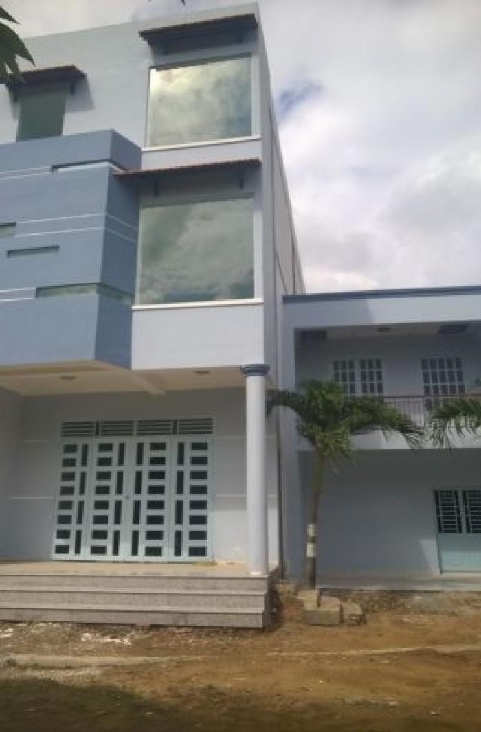 Cần bán nhà 2 lầu 1 trệt đường tỉnh lộ 9, Phạm Văn Hai, Bình Chánh giá 1,4 tỷ