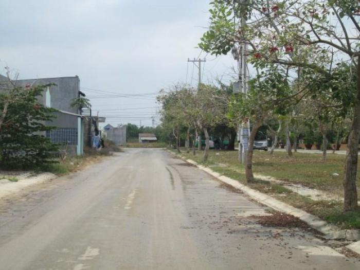 Đất Dự Án Văn Minh Sát Novaland Mai Chí Thọ Đường 40M (10X20M) 55Tr/M2, Đường 12M (161.7M2) 38Tr/M2