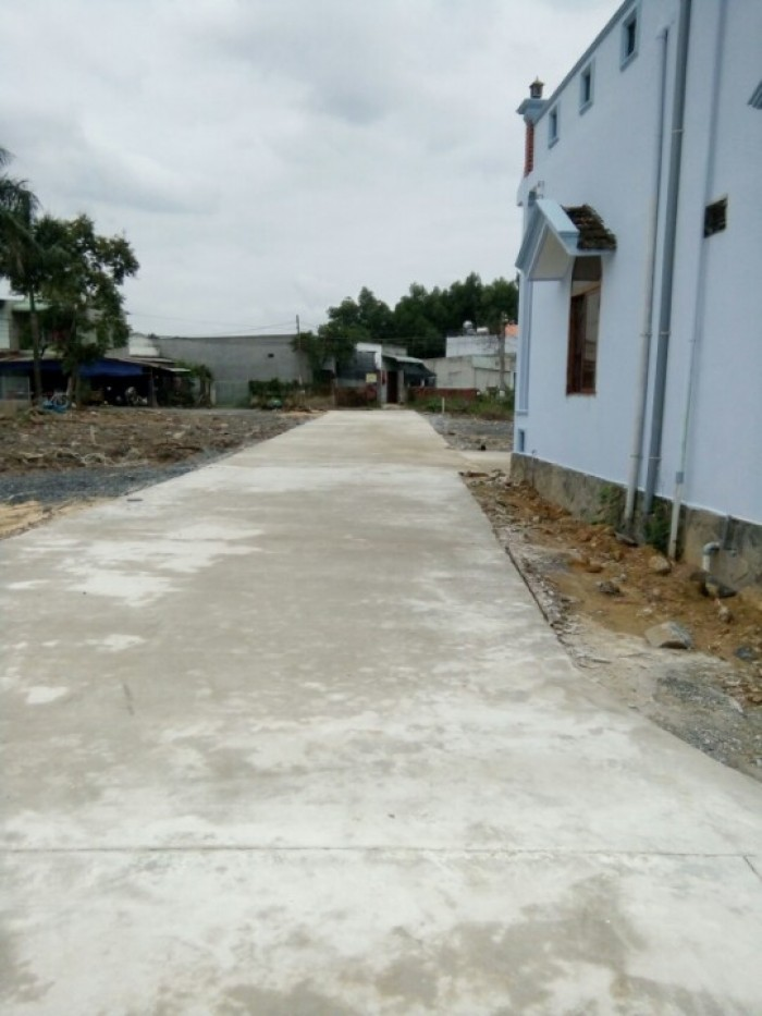 Bán đất gần UBND Phước Tân, sổ riêng thổ cư