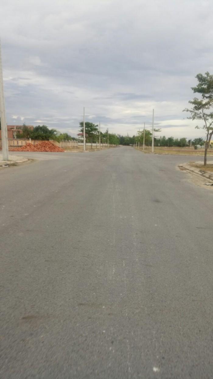 350 Triệu- sở hữu lô đất nằm cạnh CoCoBay