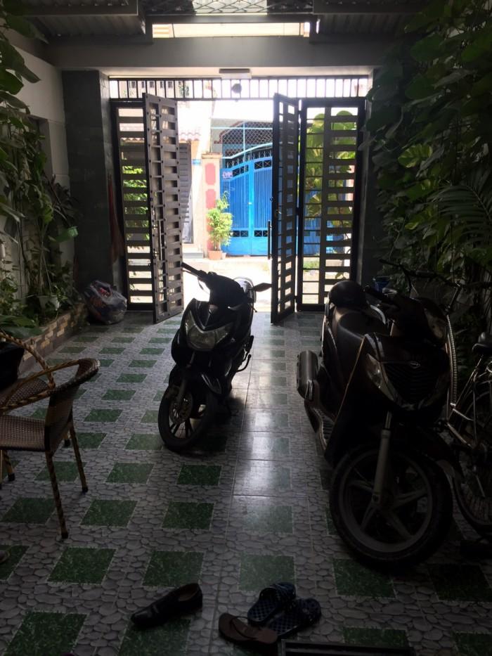 Kẹt tiền cần bán gấp nhà HXT đường Tô Hiệu, quận Tân Phú