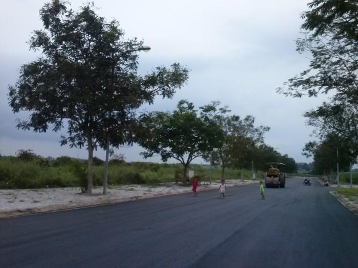 Ngân hàng BIDV phát mãi 20 lô đất mặt tiền ở 34 Trần Não, Q2, SHR, vị trí đẹp