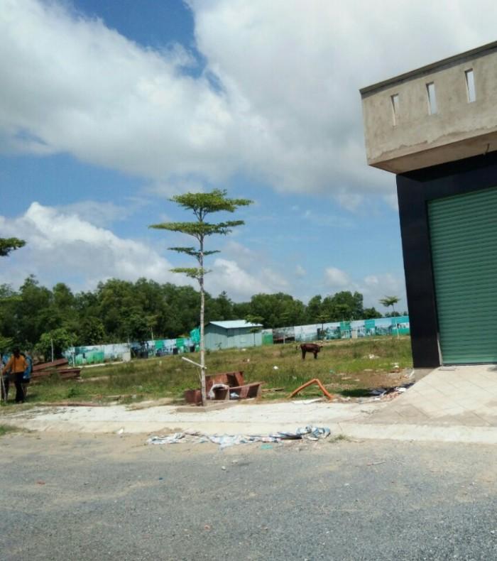 Đất mt đường Nguyễn Hữu Trí ngay QL1A cách chợ BC 2km