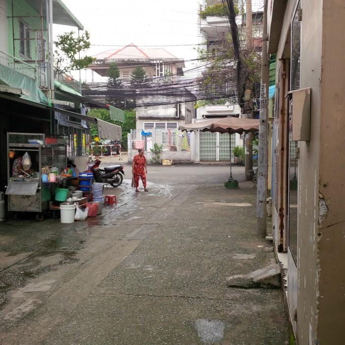Cho thuê phòng trọ tại 108/64A1 Trần Quang Diệu, P.14, Q.3