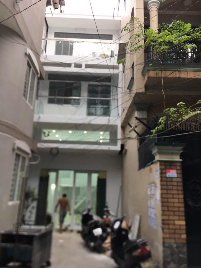 Cần bán nhà hẻm xe hơi đường Trần Phú, dt 4,1 x 11.8
